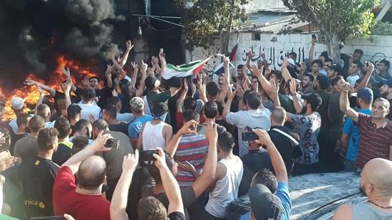 غضب لملاحقة سلطات لبنان العمال من اللاجئين الفلسطينيين