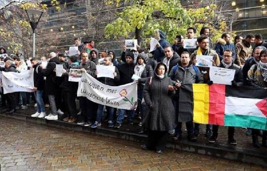 طالبو لجوء فلسطينيون يتظاهرون في بروكسل للمطالبة بتقييم ملفاتهم